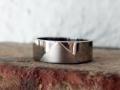 Förlovningsring-20-Blank-ring-med-matt-detalj