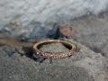Förlovningsring-8-Champagnediamanter-i-alliansring
