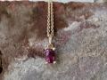 Halsband 8 - Rödguldshänge med rhodolit