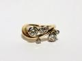 Ring 6 - Vågring med diamanter i vitguldsfattningar